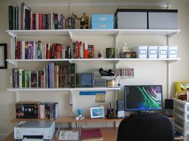 書斎,ワークスペース,作り付けの棚,elfa,ロイヤル,チャンネルサポート